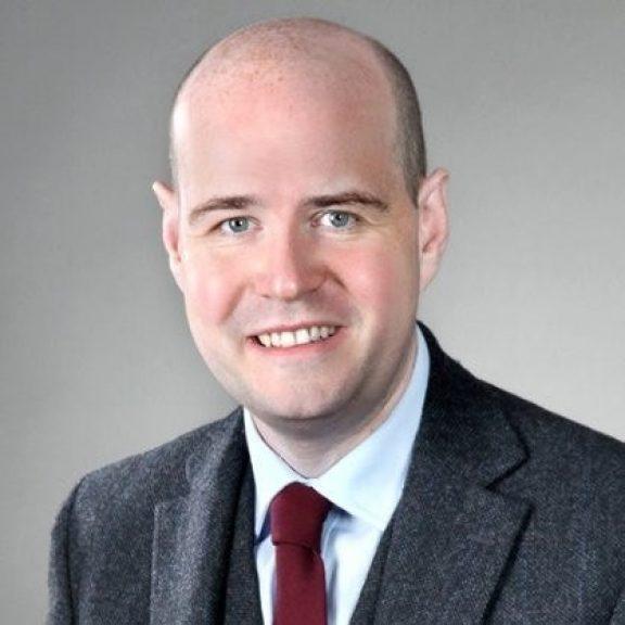 Dr. Donald Leonhard-MacDonald