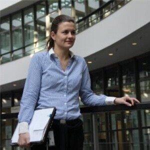 Dr. Denise Vandeweijer