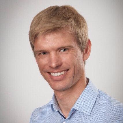 Dr. Pavel Sagulenko